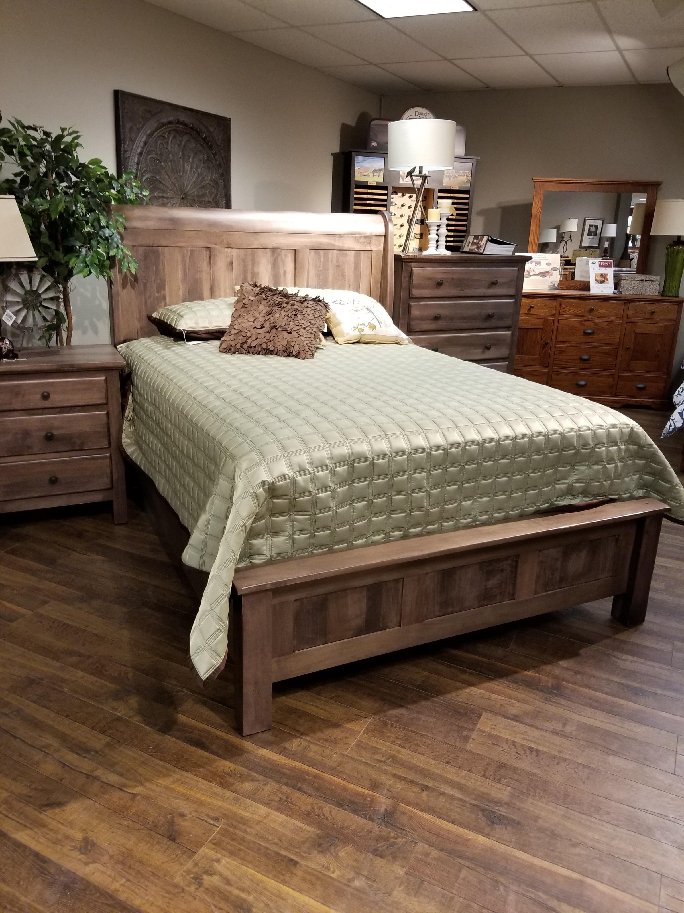 Lewiston Queen Sleigh Bed by Daniel's Amish at VanDrie Home Furnishings