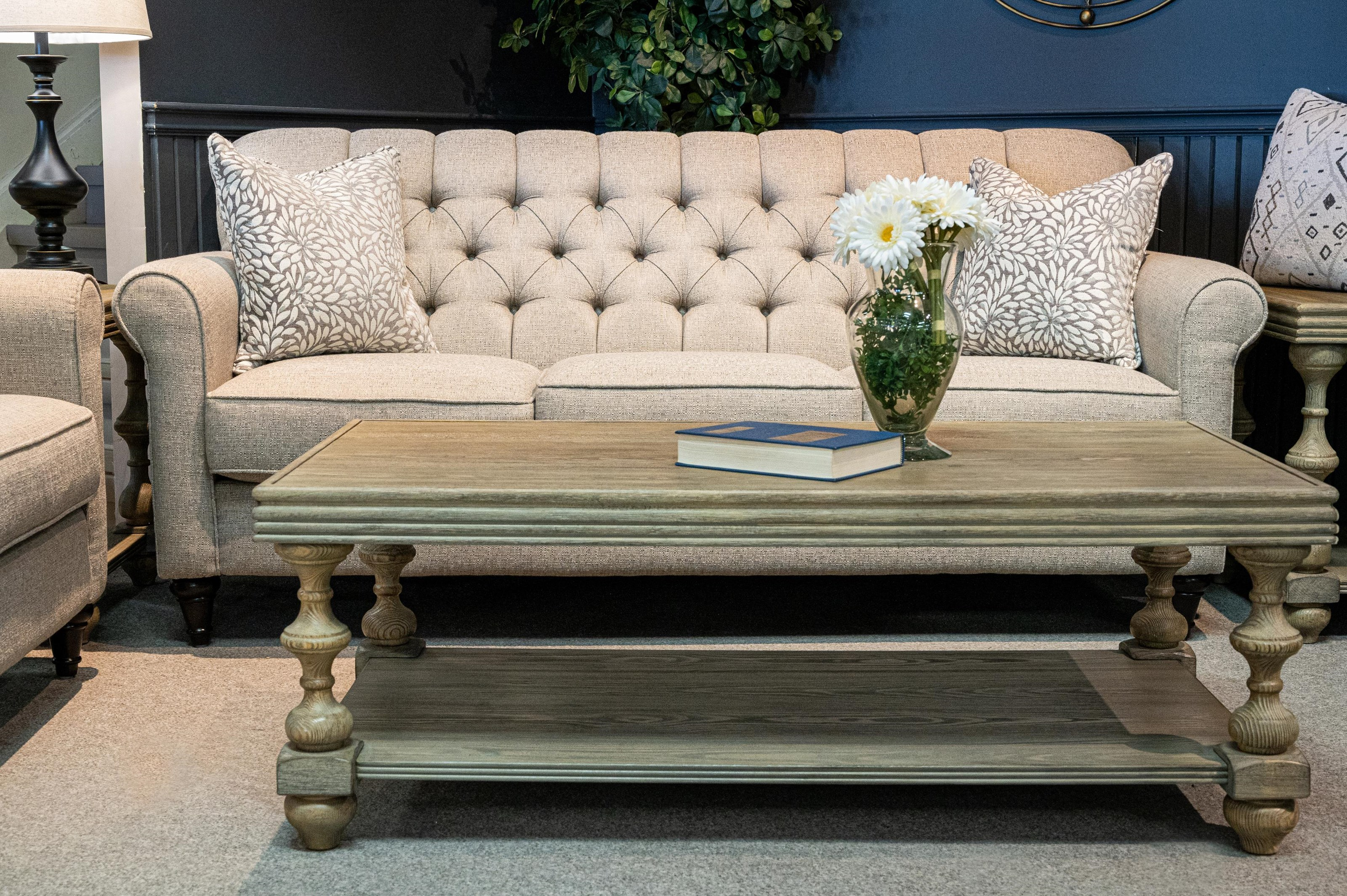 2478 Sofa by Decor-Rest at Stoney Creek Furniture