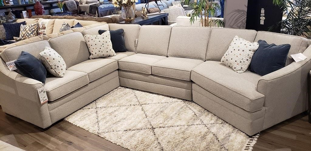 Thomas SECTIONAL SOFA WITH CUDDLER by England at Z & R Furniture