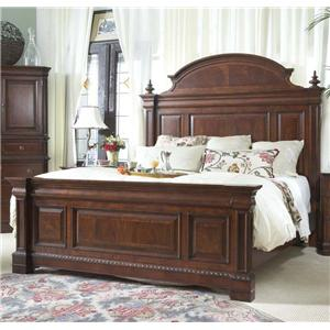 Traditional Queen Mansion Bed