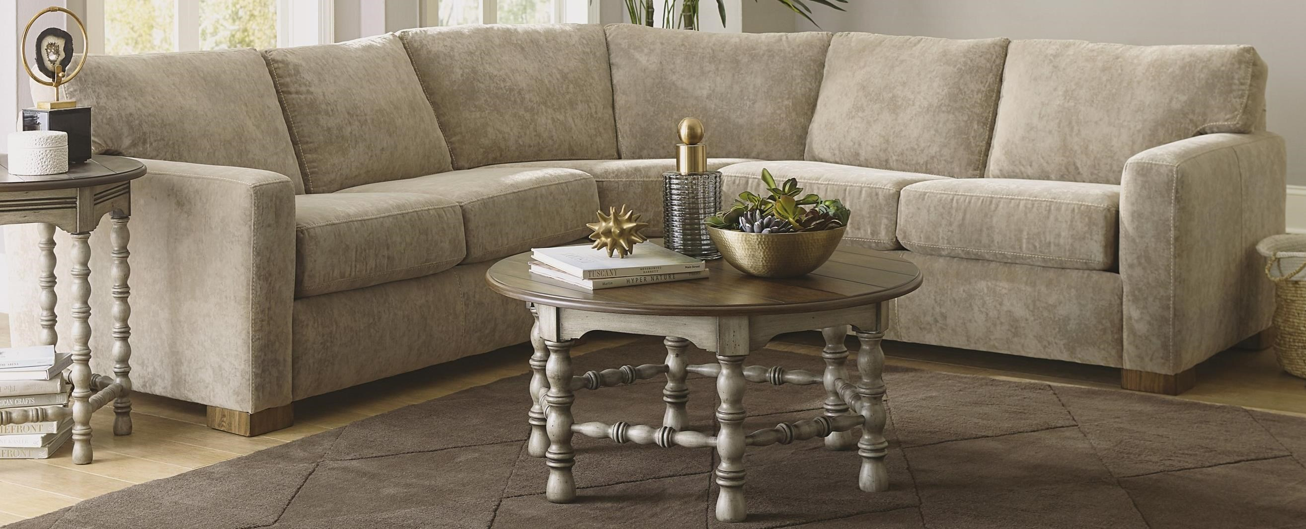 Bryant Sectional Sofa by Flexsteel at Fashion Furniture