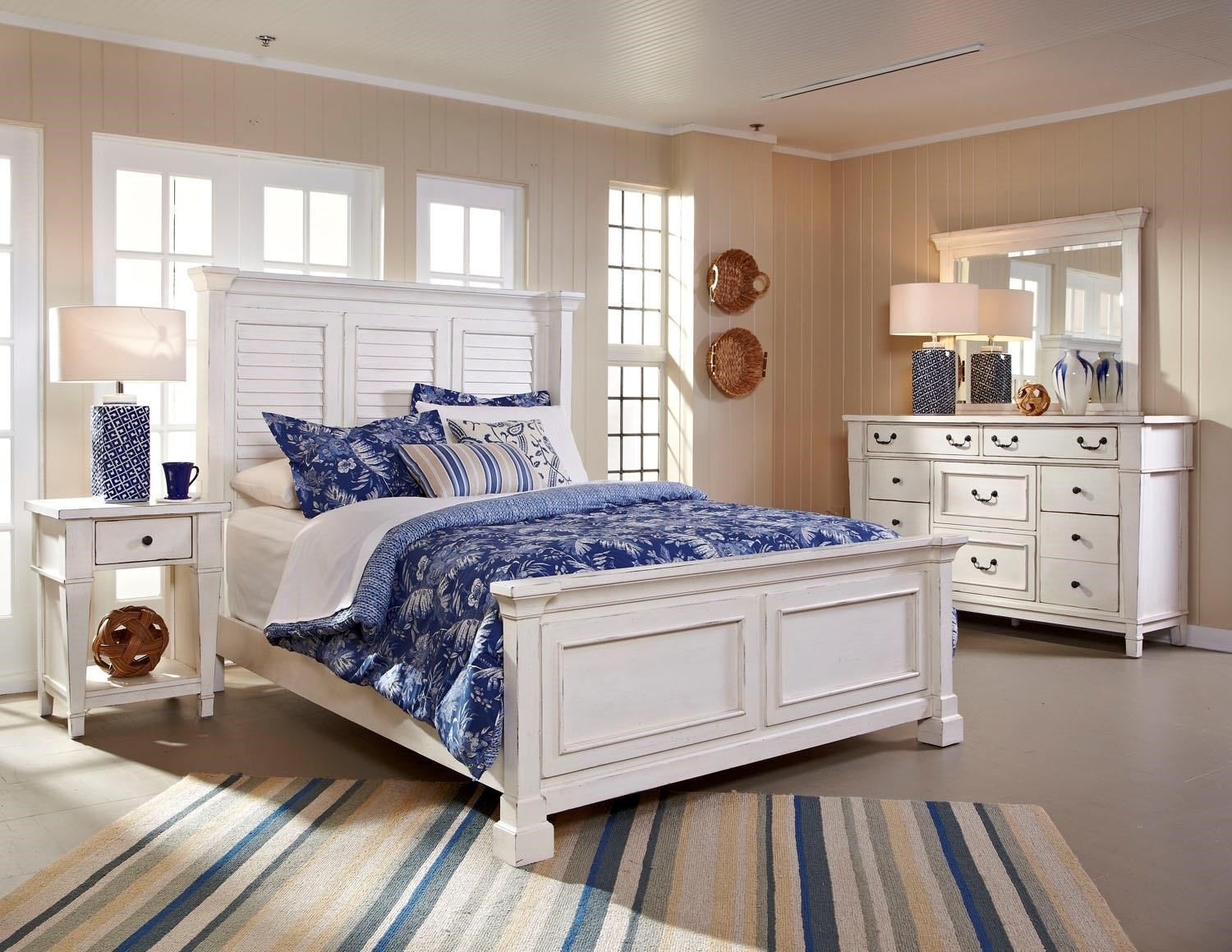 Astoria 4 Piece King Bedroom Group at Walker's Furniture
