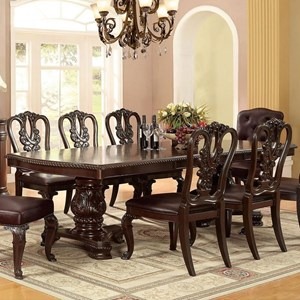Traditional Dining Table with 2 Leaves
