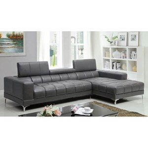 Sectional with Chaise and Adjustable Headrests