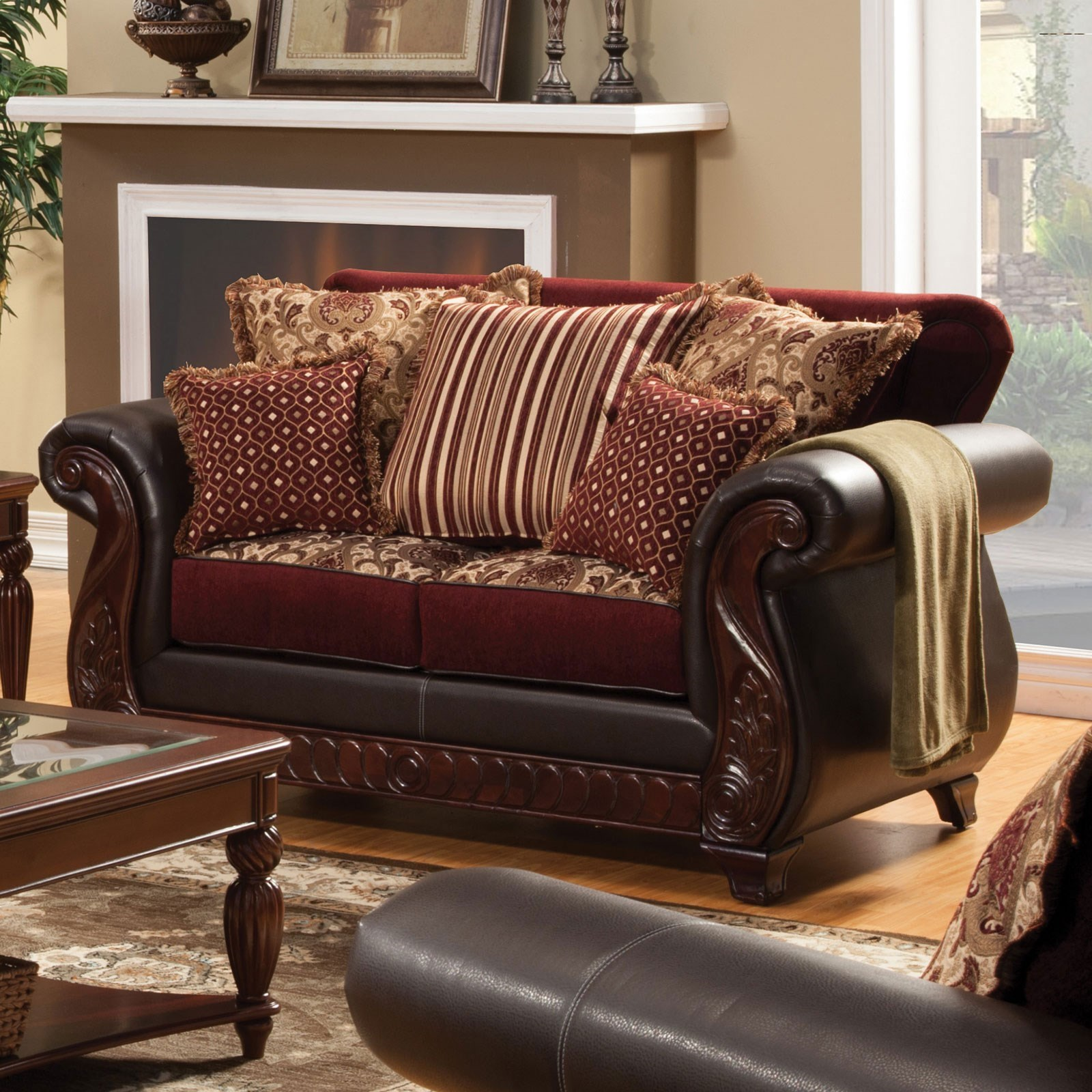 Franklin Love Seat at Household Furniture