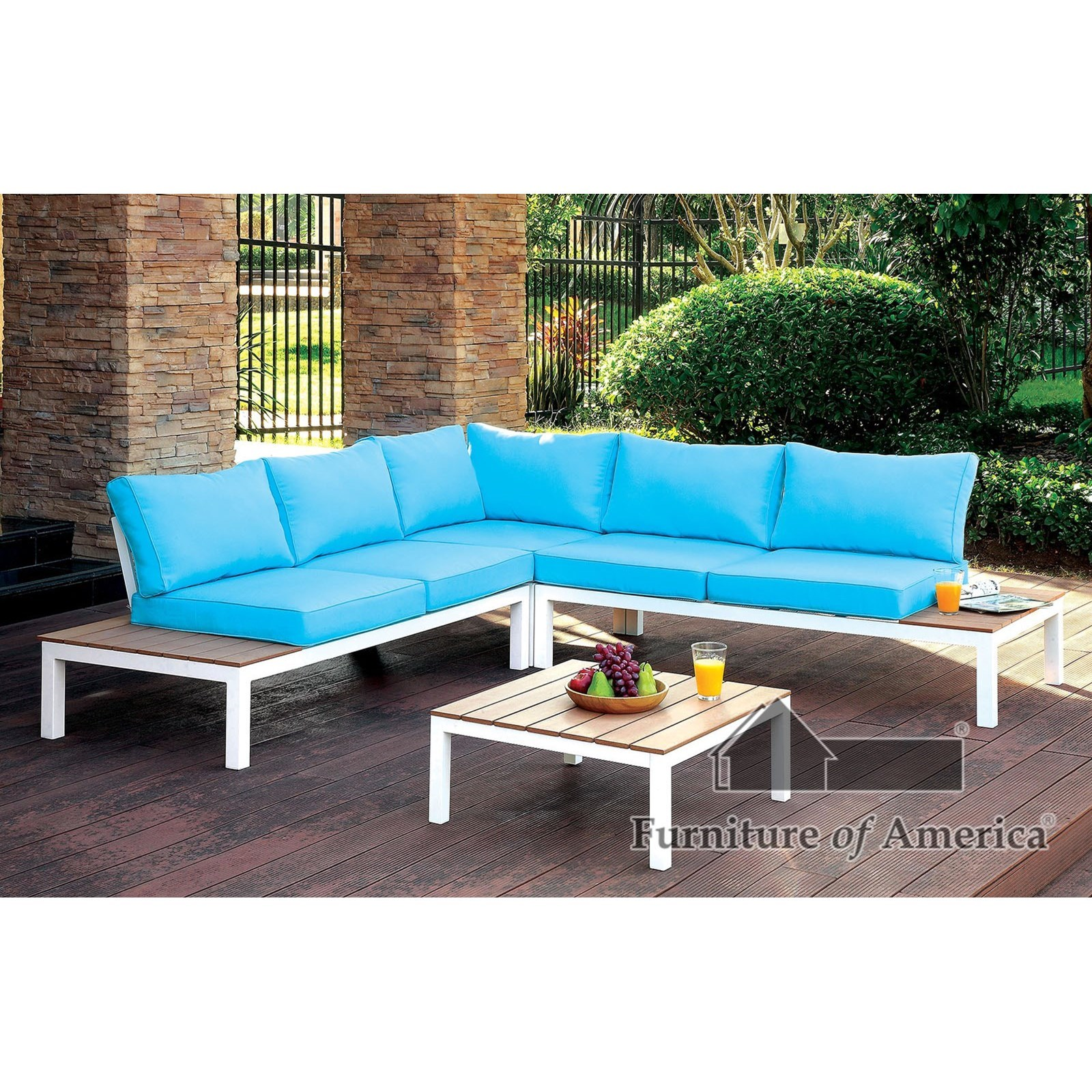 Winona Patio Sectional with Table at Household Furniture