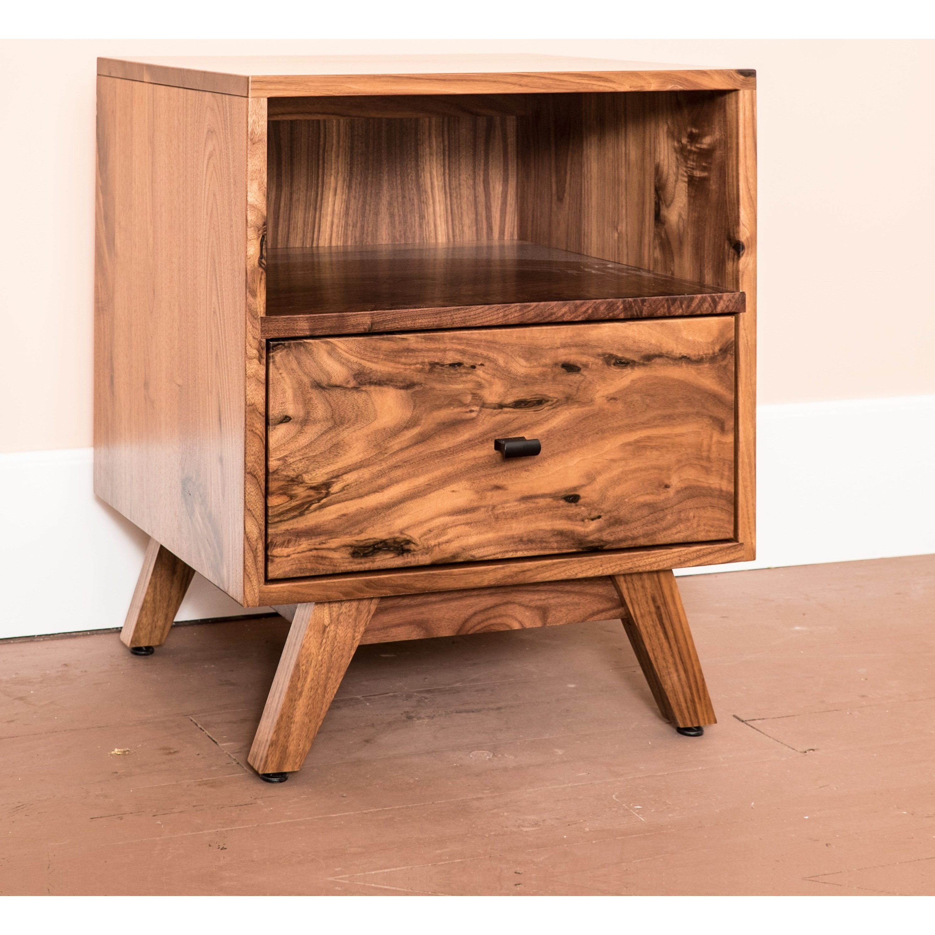 Sullivan Lake One-Drawer Nightstand by Glenmont Furniture at Saugerties Furniture Mart