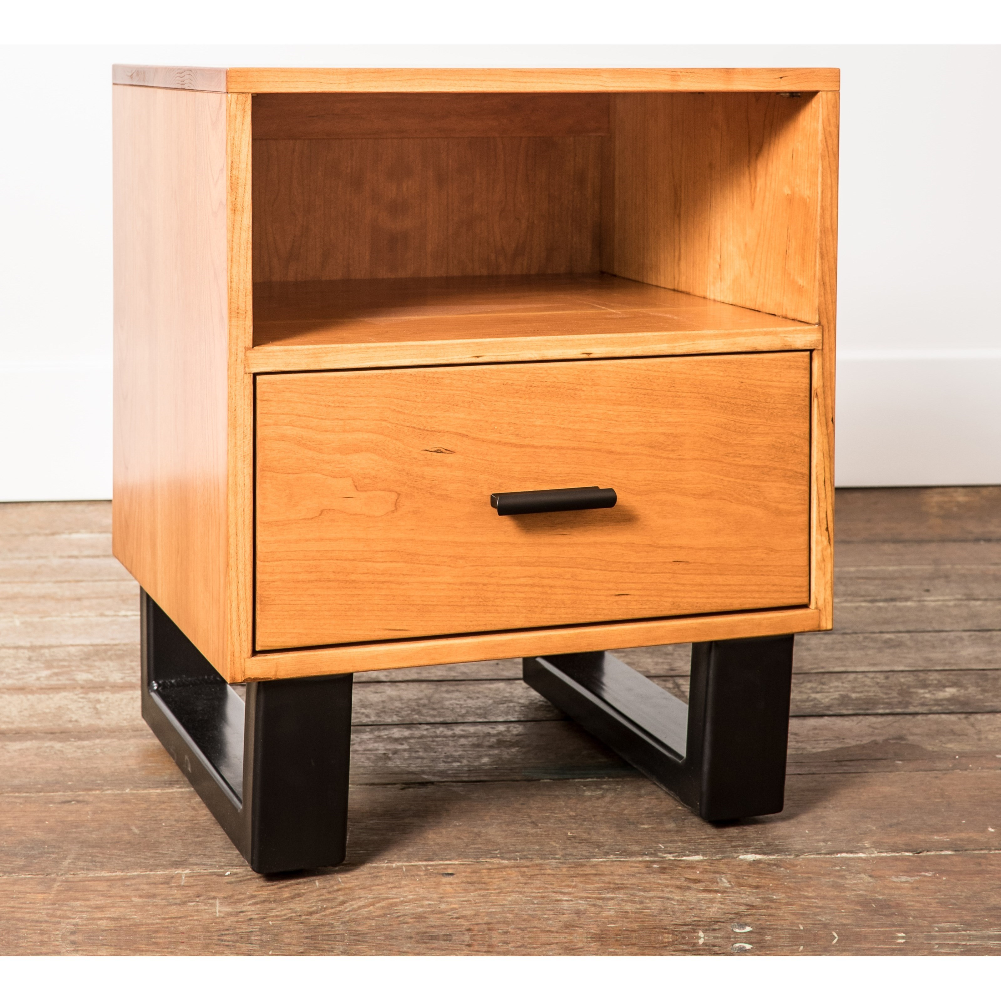 Sullivan Park One-Drawer Nightstand by Glenmont Furniture at Saugerties Furniture Mart
