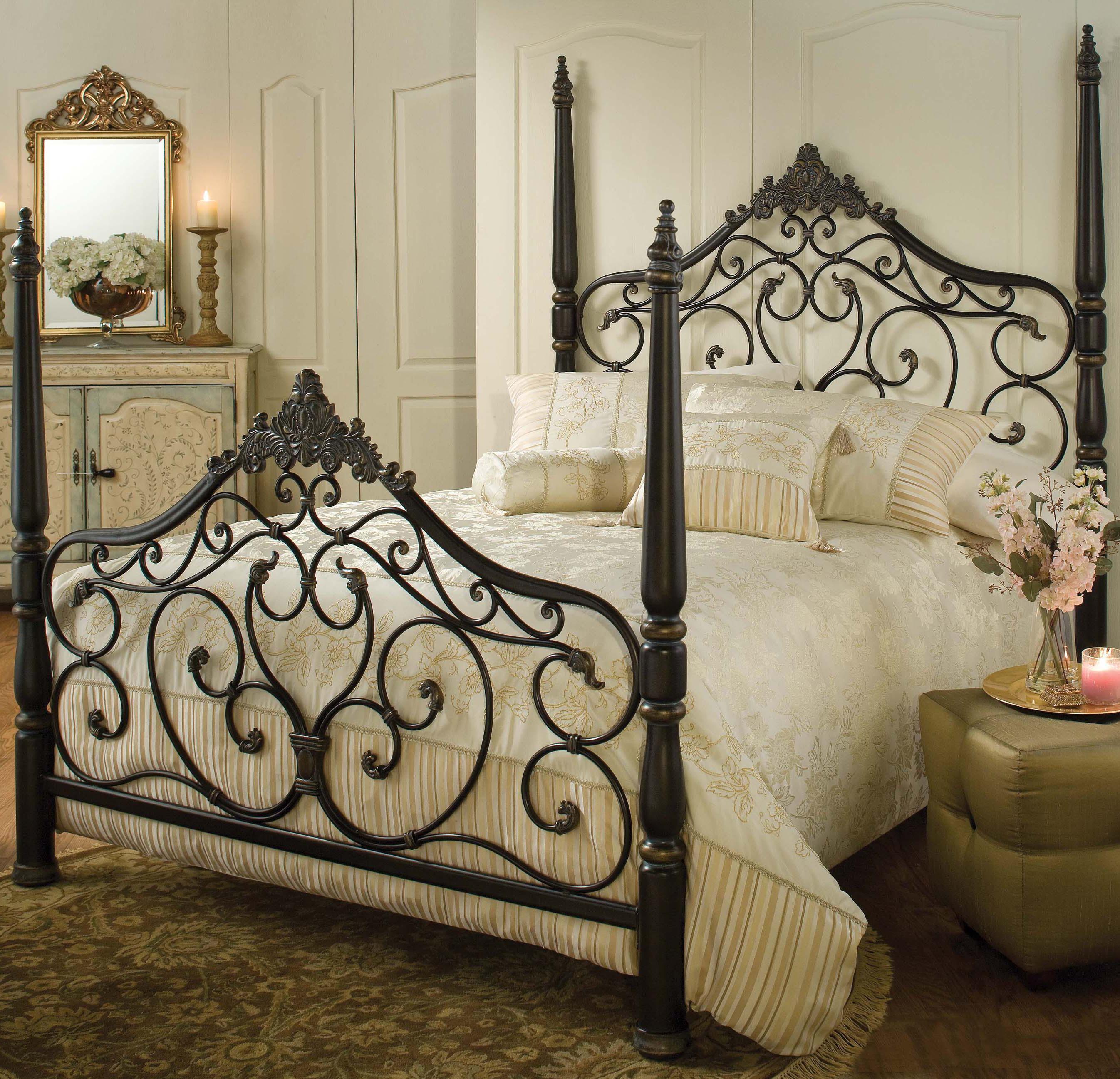 Queen Parkwood Bed