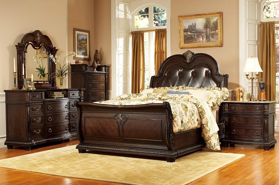 Eastern Leather Queen Bed Group