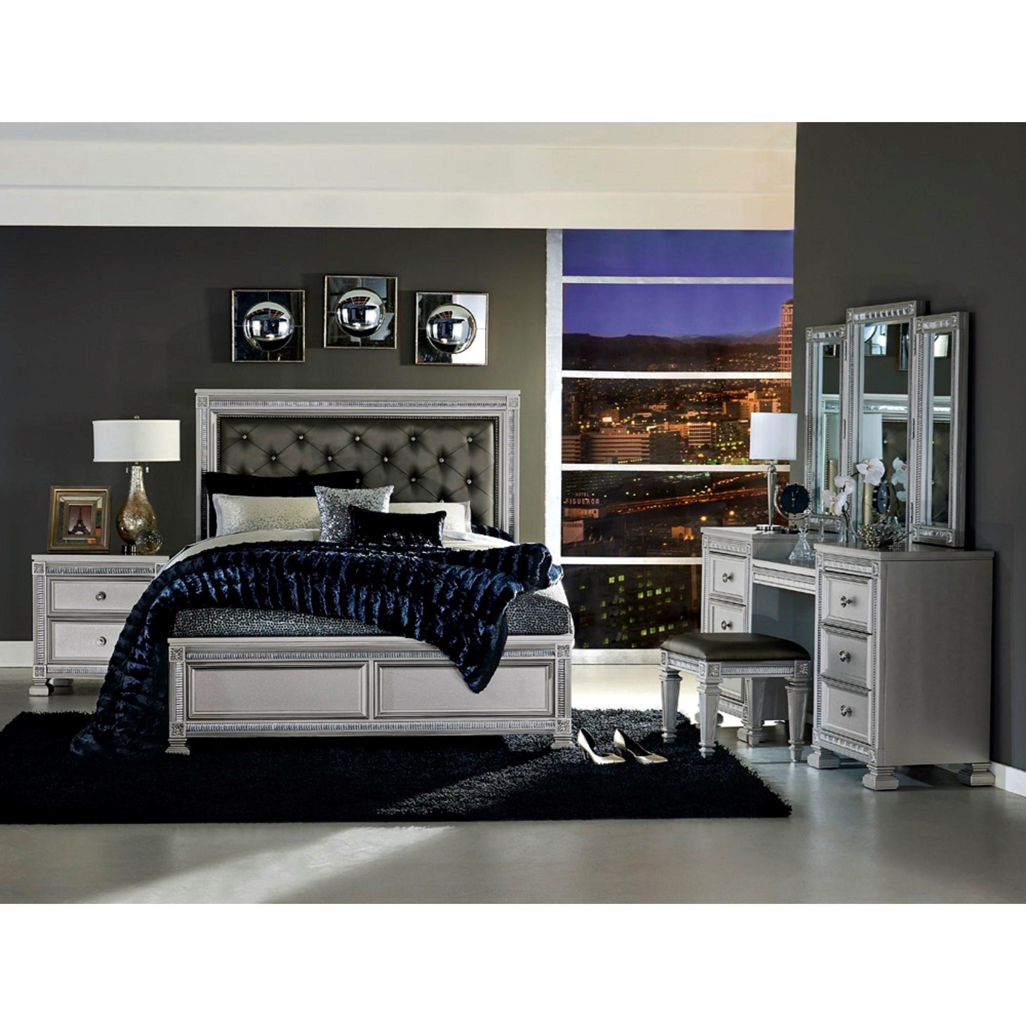 King Bedroom Group w/ Vanity