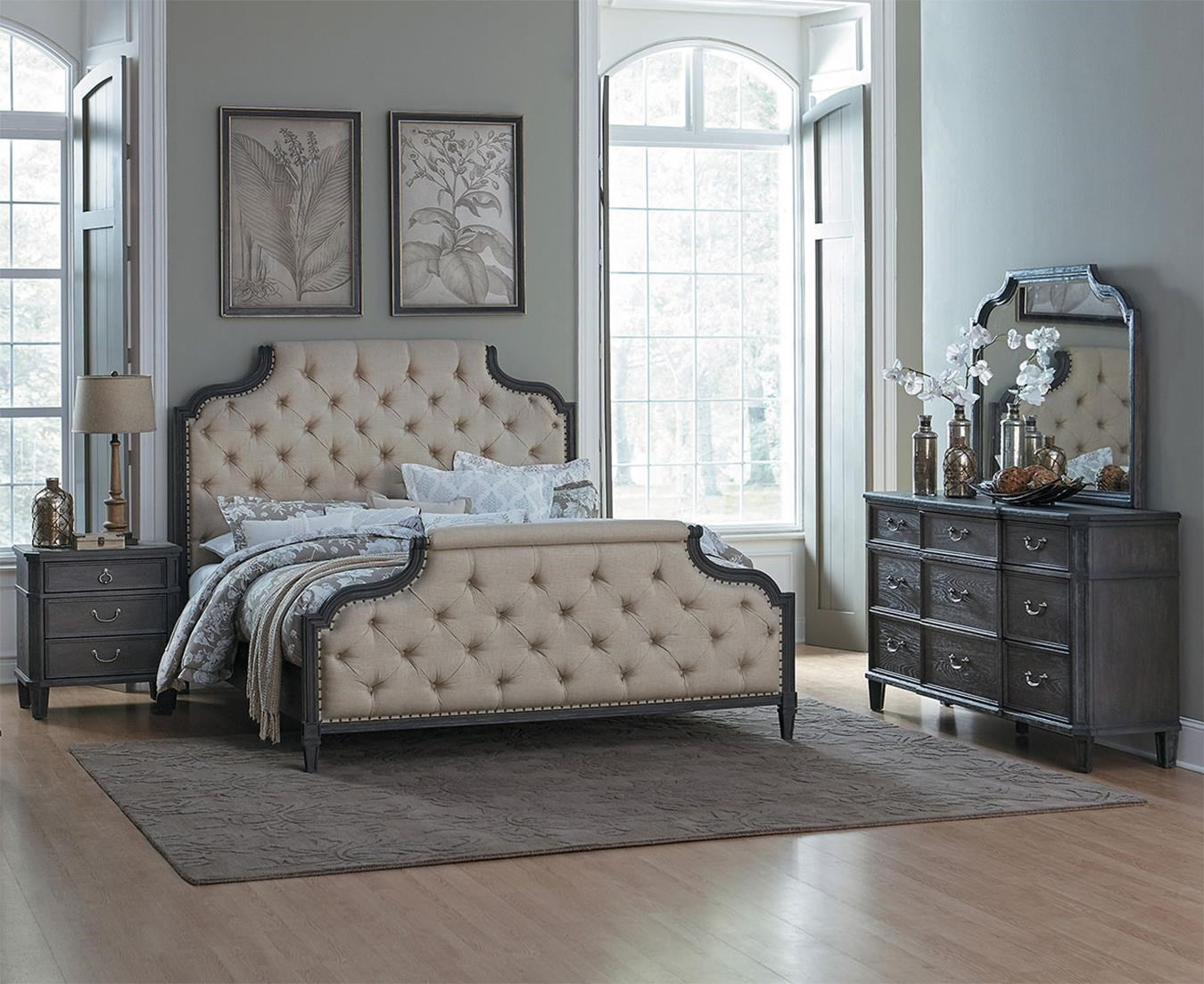 Linsday 4PC Queen Bedroom Set at Rotmans