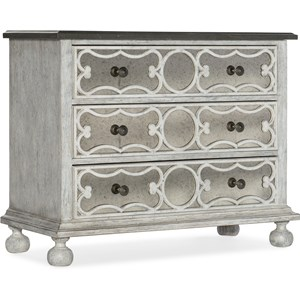 Relaxed Vintage 3 Drawer Accent Chest