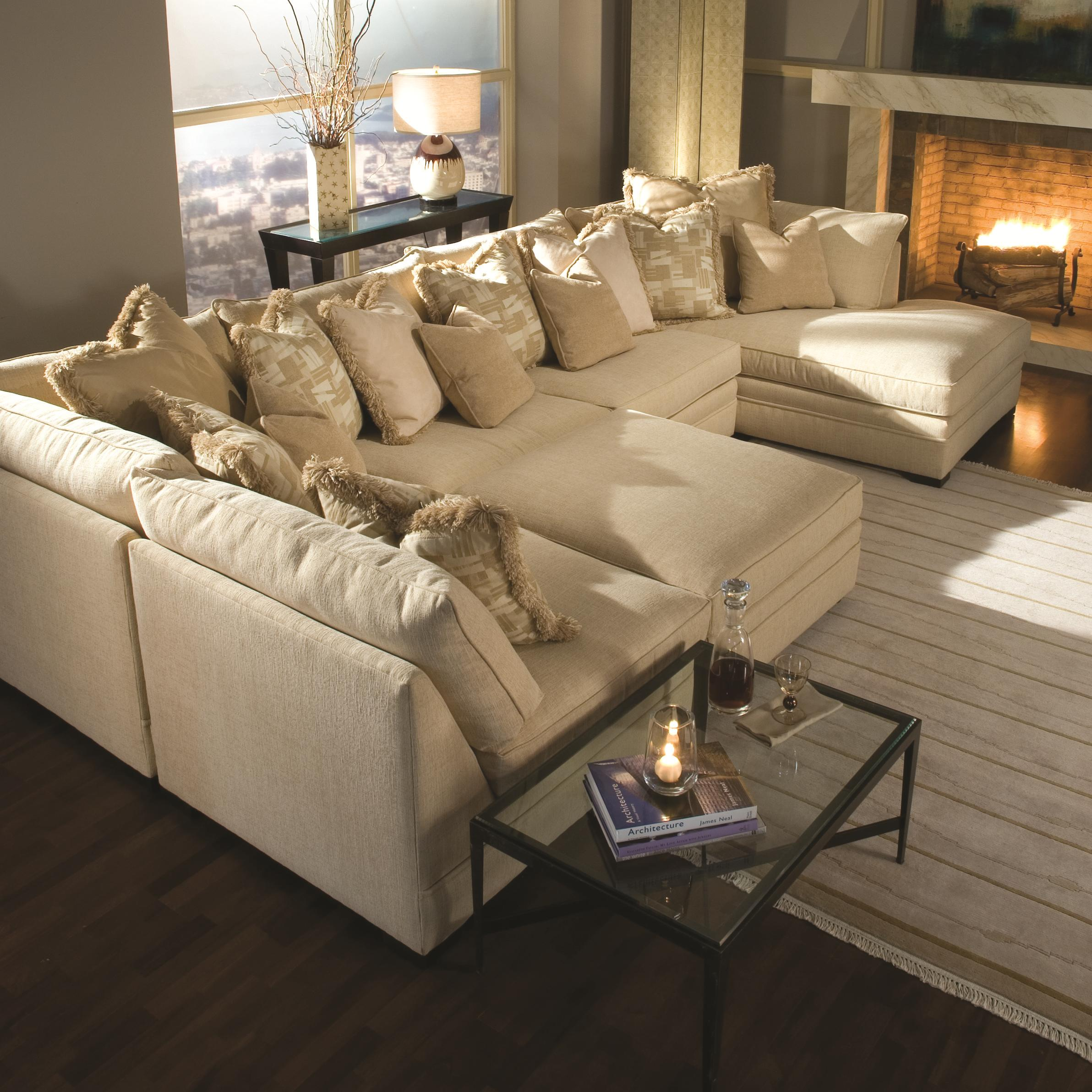 7100 Sectional Sofa by Huntington House at Baer's Furniture