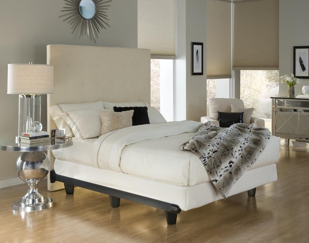 Embrace Cal King Foundation by Knickerbocker at Sam Levitz Furniture