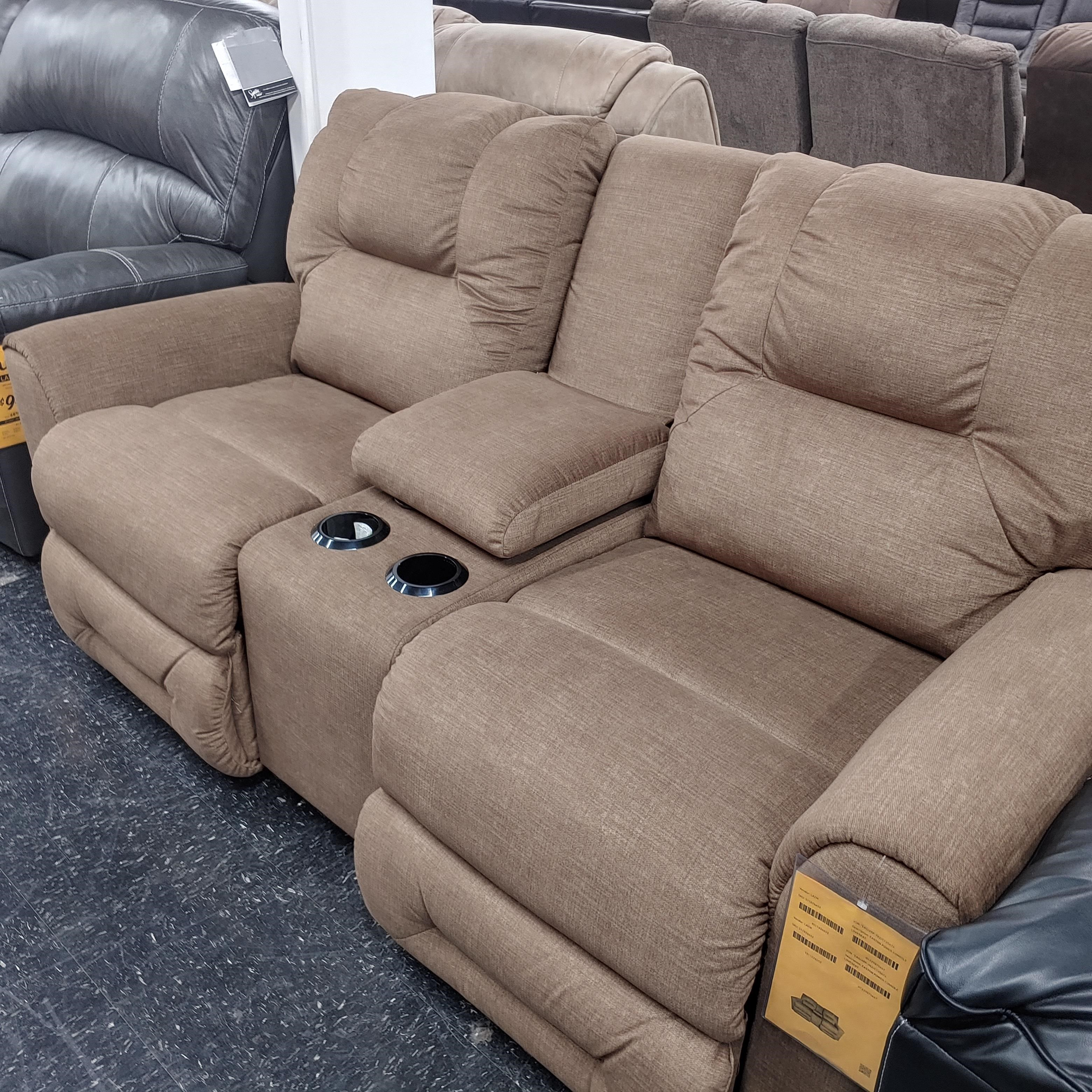 Last One Loveseat Last One! Power Loveseat with Console! by La-Z-Boy at Morris Home
