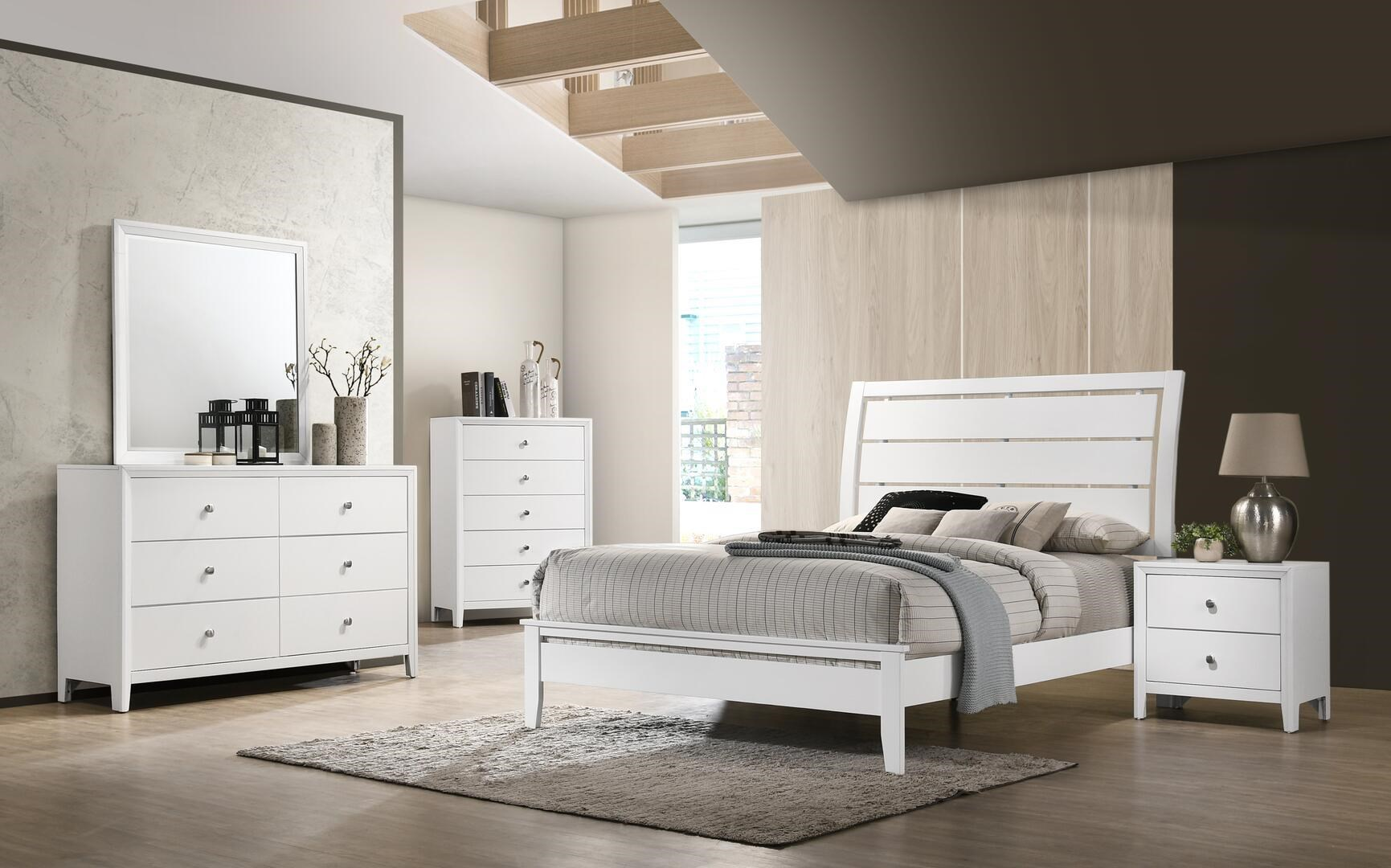 Grant White 6 Piece Queen Bedroom Group by Lane at Sam Levitz Outlet