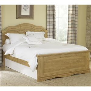 Lang Oak Creek Queen Panel Bed
