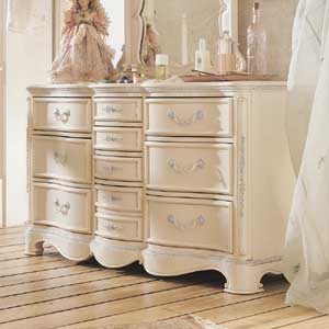 Lea Industries Jessica McClintock Romance 10 Drawer Dresser