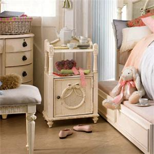 Lea Industries Emma's Treasures Youth Nightstand