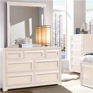 Lea Industries Elite - Reflections Dresser & Mirror Combo