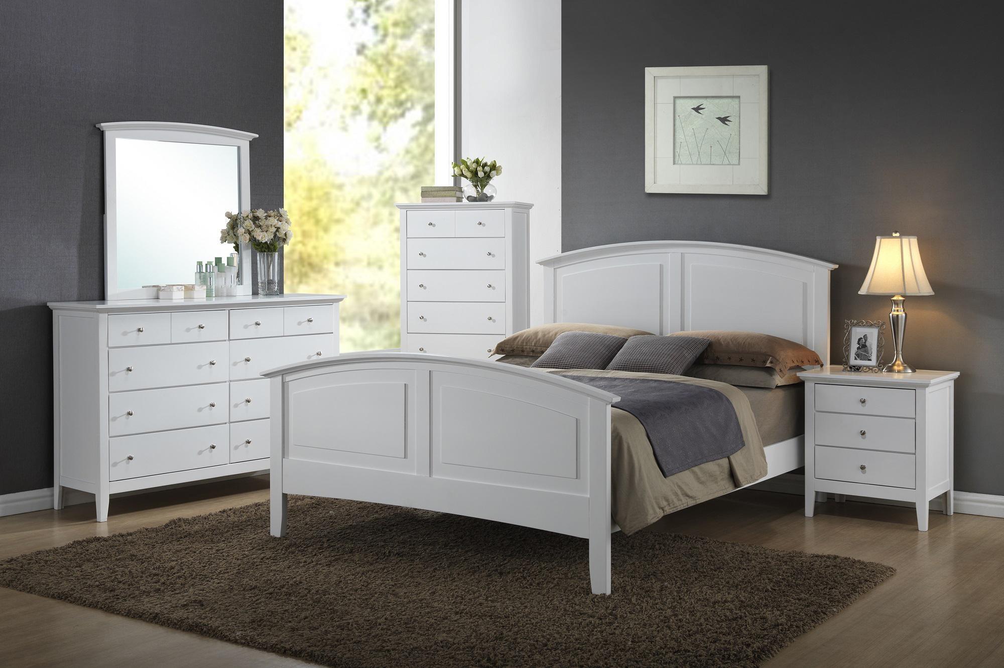 8 Piece Queen Bedroom Group
