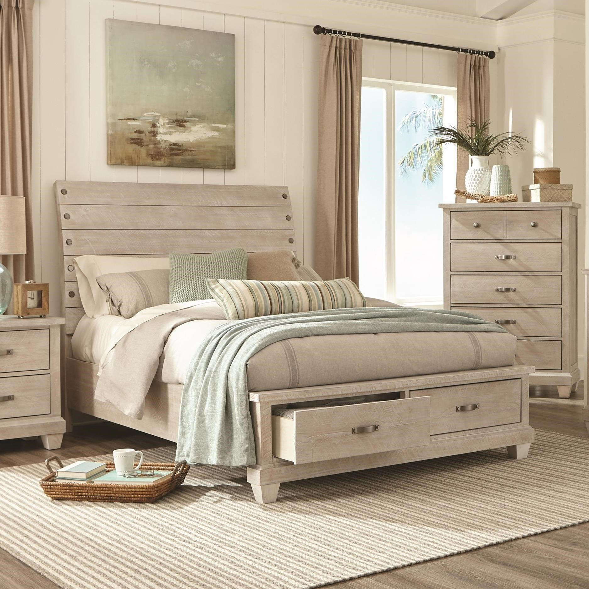C7131W Queen Sleigh Bed by Lifestyle at Beck's Furniture