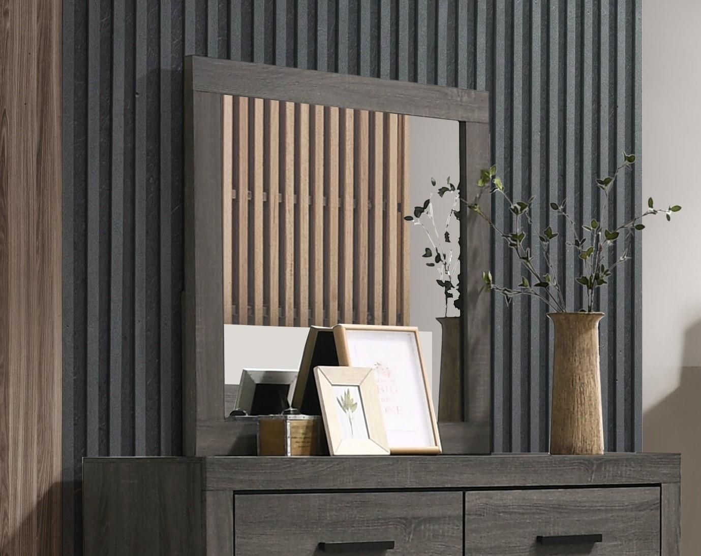 C8321A Mirror by Lifestyle at Furniture Fair - North Carolina