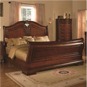 King Headboard and Footboard Bed w/ Palmette Detailing