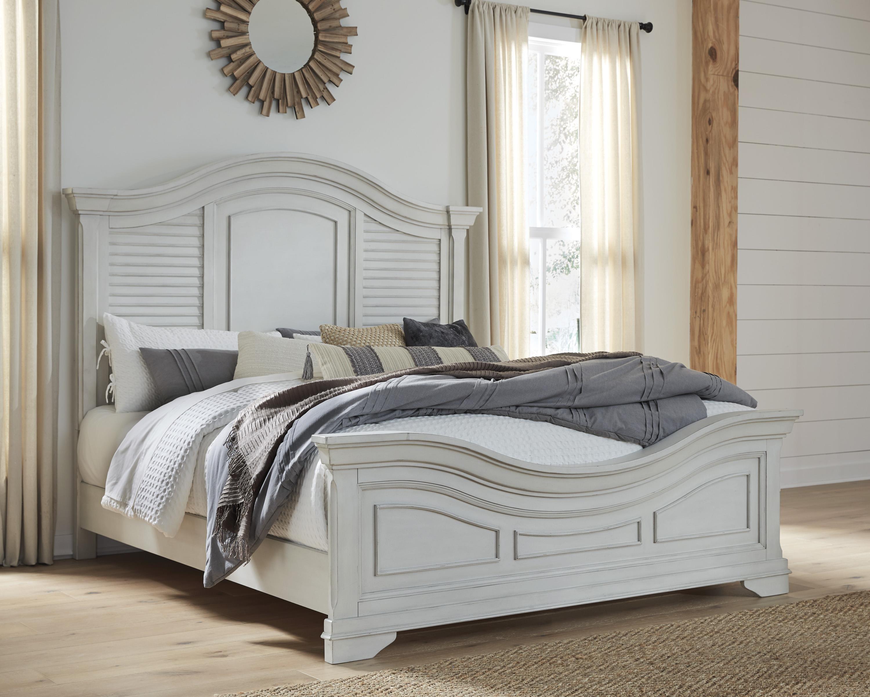 Teganville Queen Panel Bed by Millennium at Sam Levitz Furniture