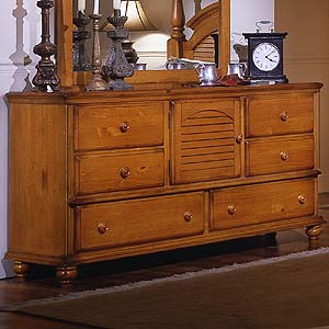Brazil Furniture Group Irish Countryside Triple Dresser