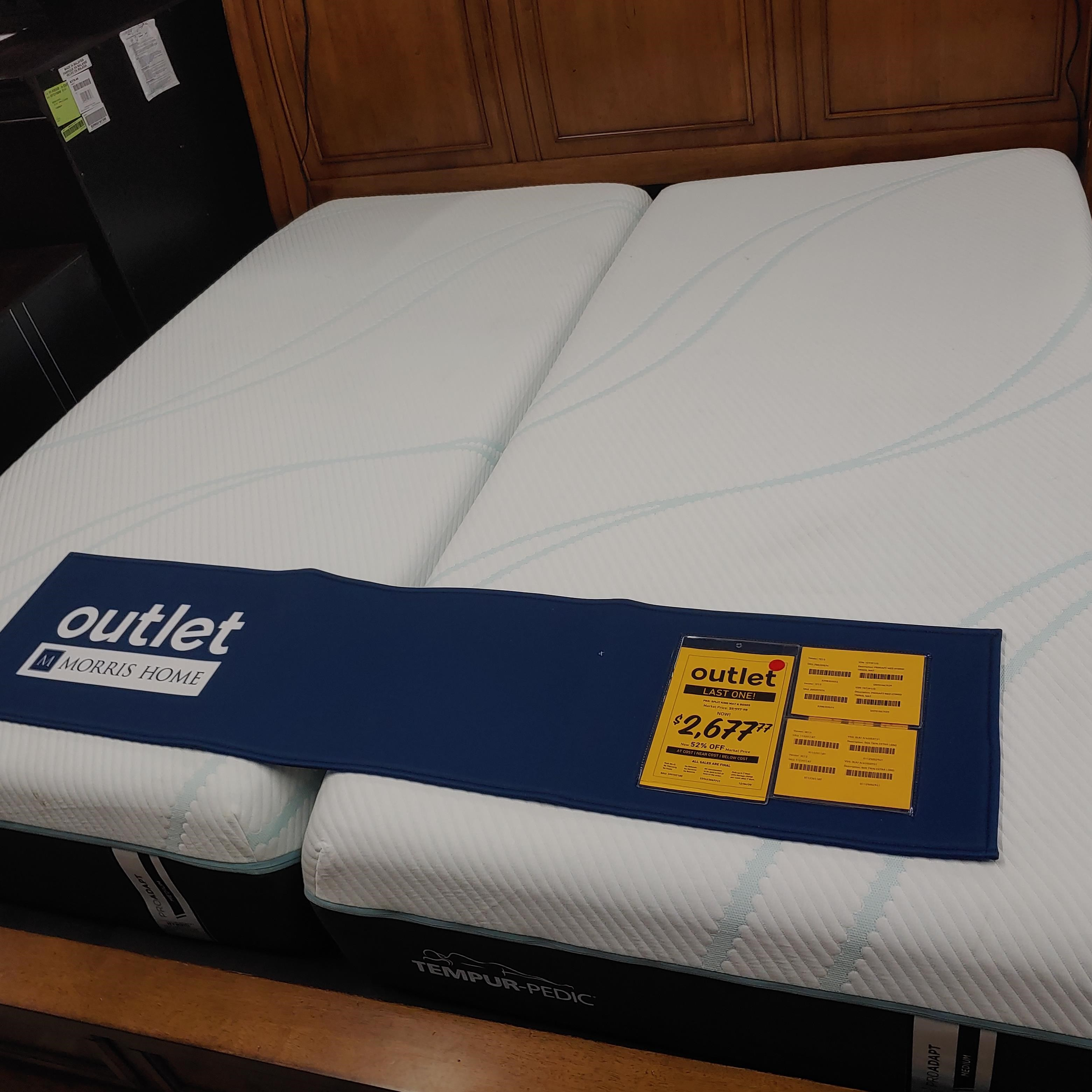 Last One Mattress Last One! Split King Mattress and Foundation at Morris Home