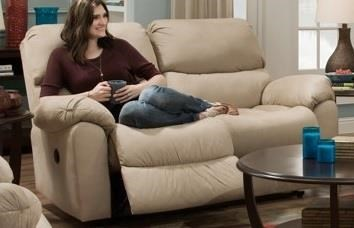 Laxton Laxton Reclining Loveseat by Peak Living at Morris Home