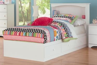 Full Mates Storage Bed with Paneled Headboar