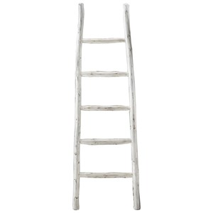 Linen White Blanket Ladder