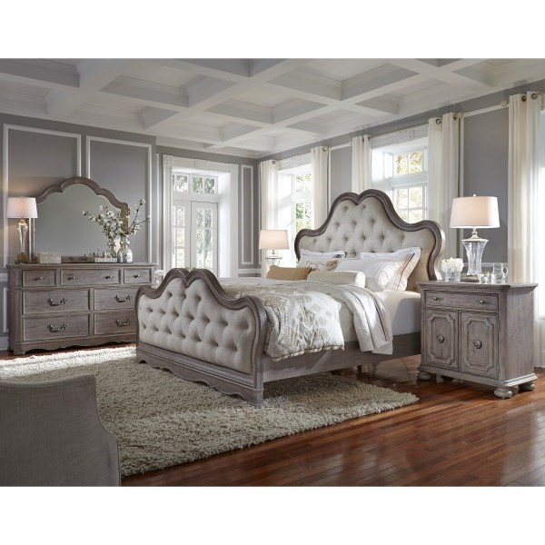 Simply Charming Queen Bedroom Group by Pulaski Furniture at Mueller Furniture