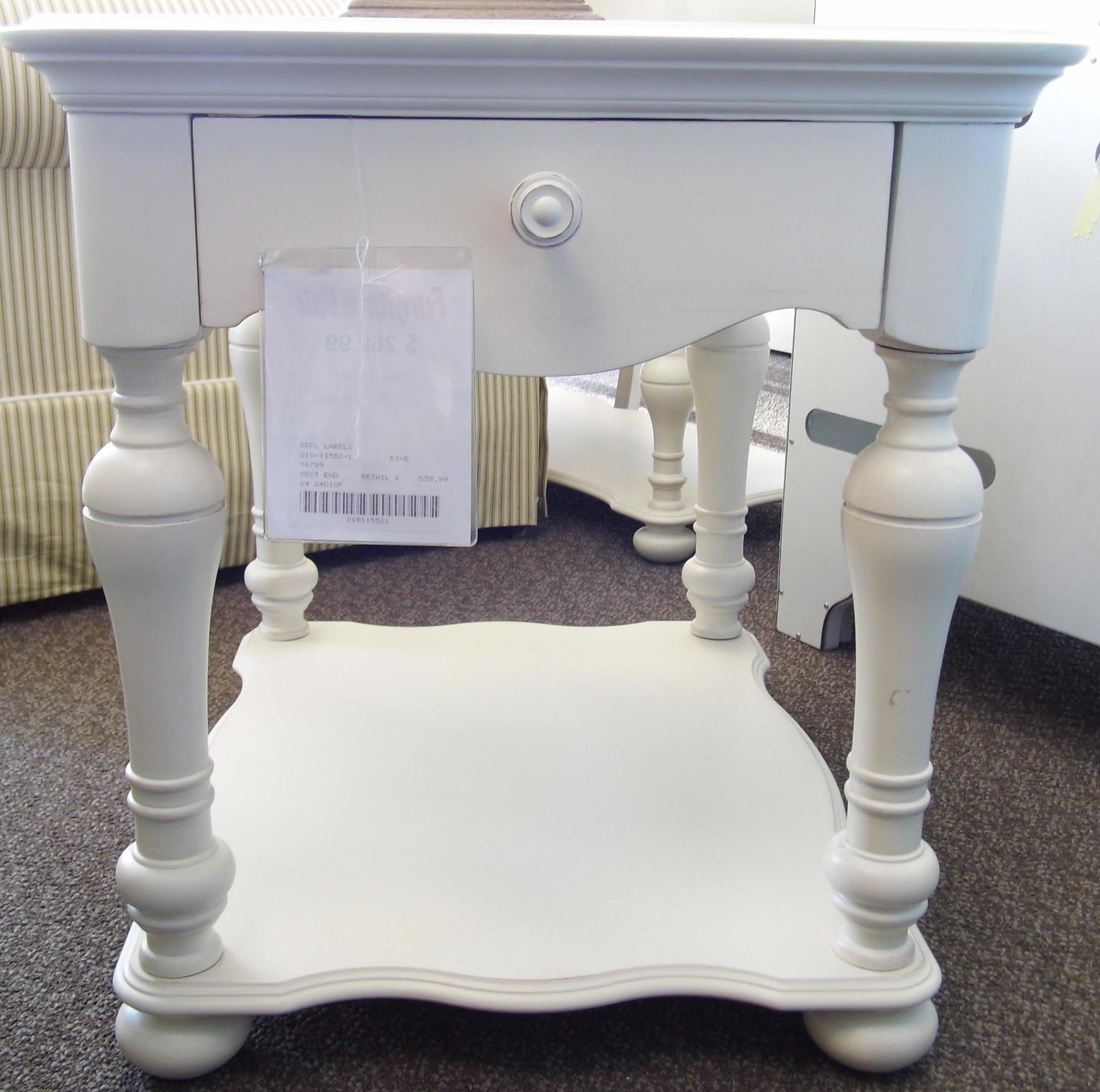 Placid Cove 16709 by Riverside Furniture at Furniture Fair - North Carolina