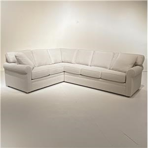 L-Shaped Sectional w/Queen Sleeper