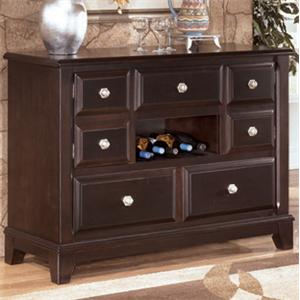 Signature Design By Ashley Furniture Ridgley Queen Bedroom