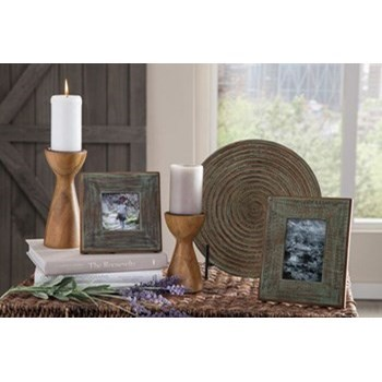 Accents Derica Accessory Set by Signature Design by Ashley at Coconis Furniture & Mattress 1st