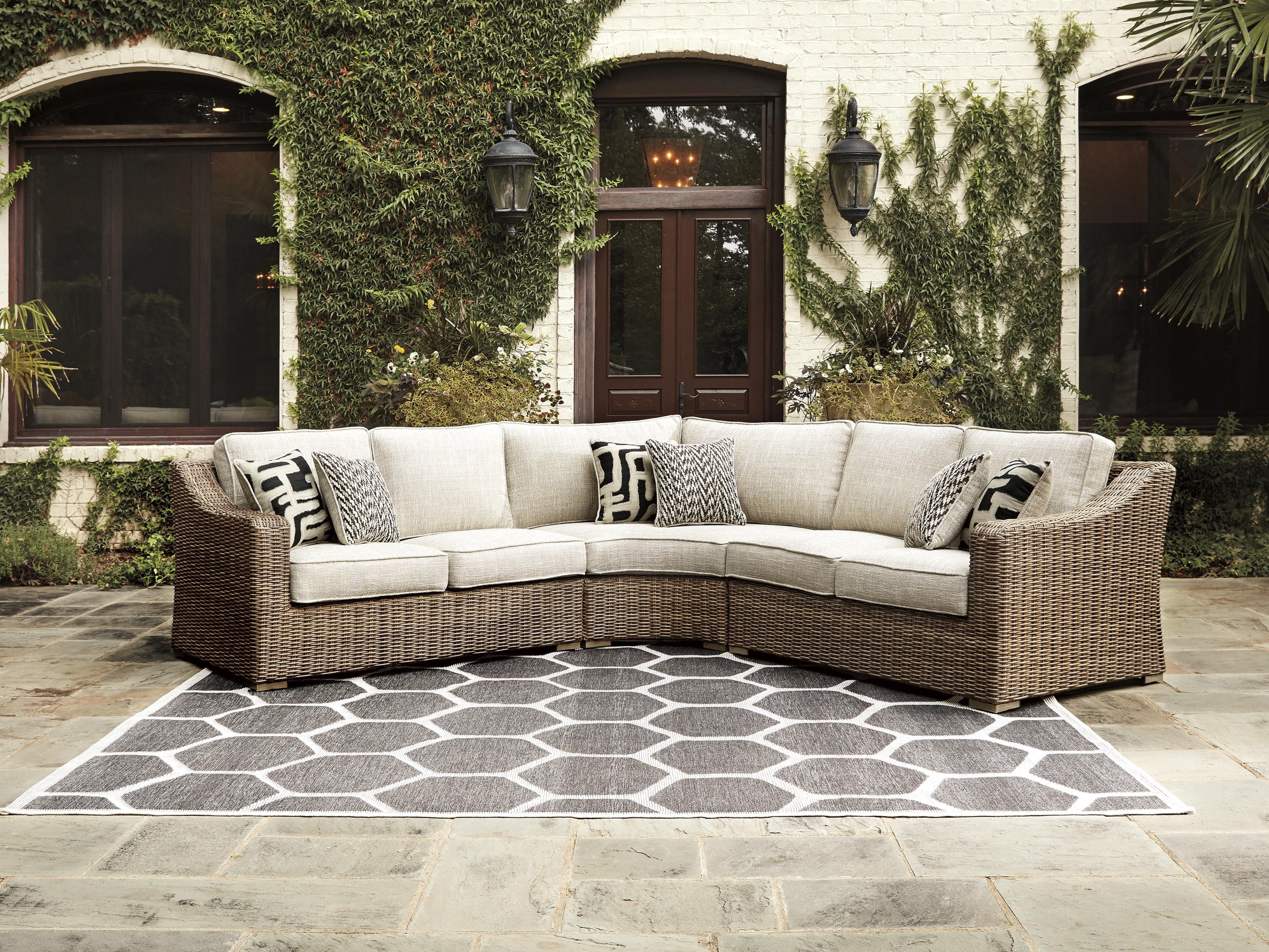 Beachcroft 3 Piece Outdoor Sectional by Signature Design by Ashley at Dream Home Interiors