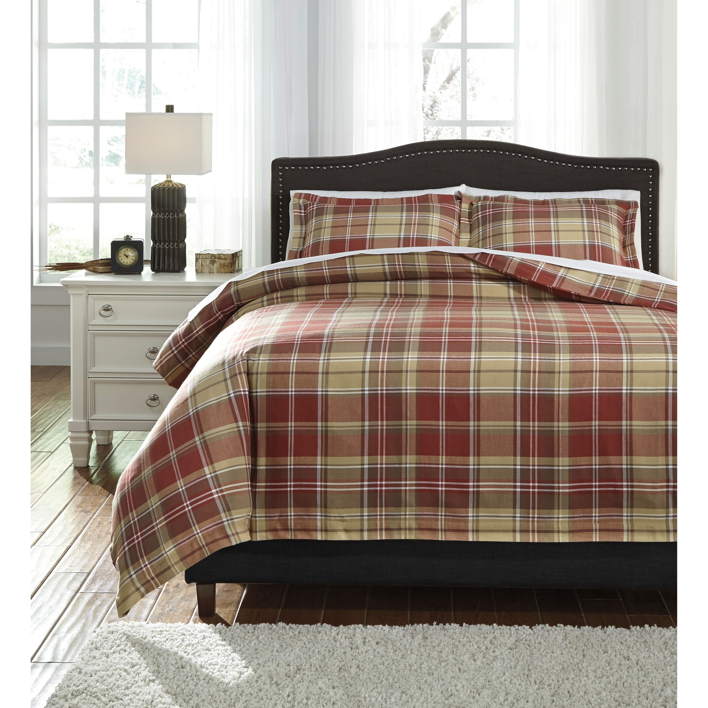 Bedding Sets Queen Danail Red/Gold/Green Duvet Cover Set by Signature Design by Ashley at Lapeer Furniture & Mattress Center