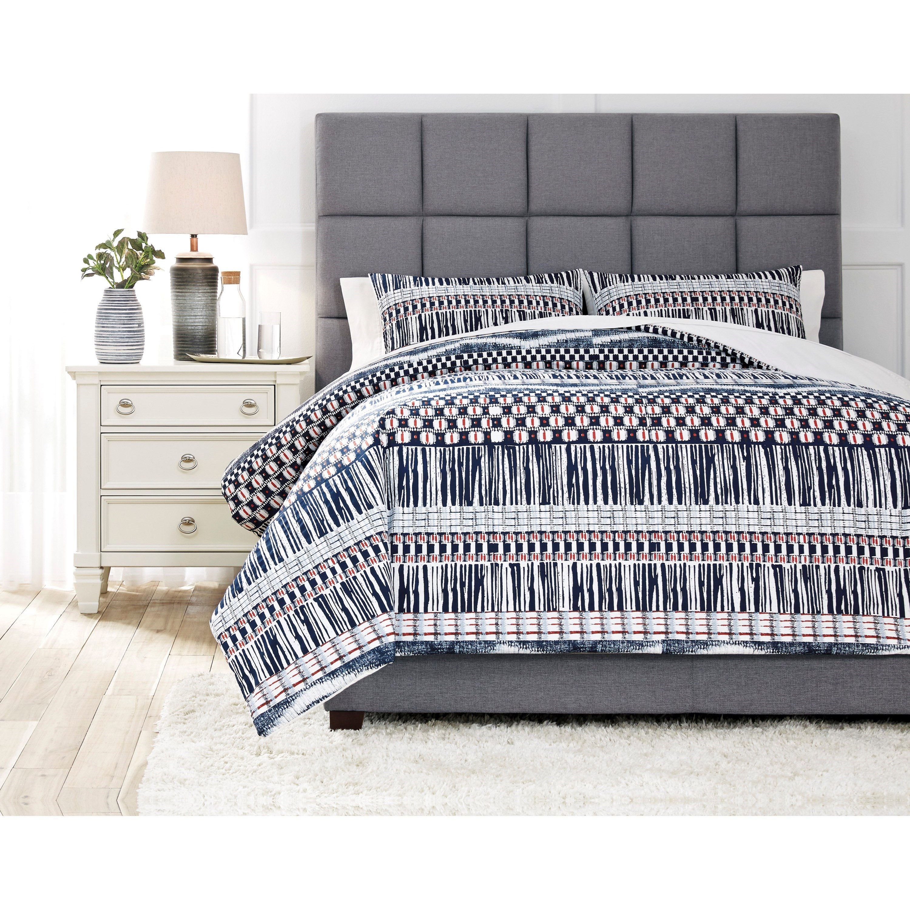 Bedding Sets Shilliam Navy/Rust Queen Comforter Set by Signature Design by Ashley at Household Furniture