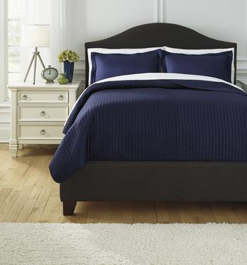 Bedding Sets Queen Raleda Navy Coverlet Set by Signature Design by Ashley at Zak's Warehouse Clearance Center