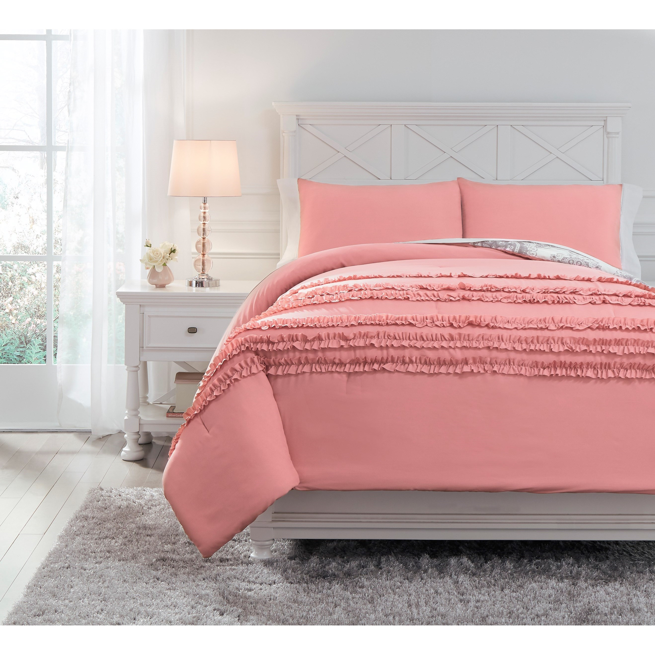 Bedding Sets Full Avaleigh Pink/White/Gray Comforter Set by Ashley (Signature Design) at Johnny Janosik
