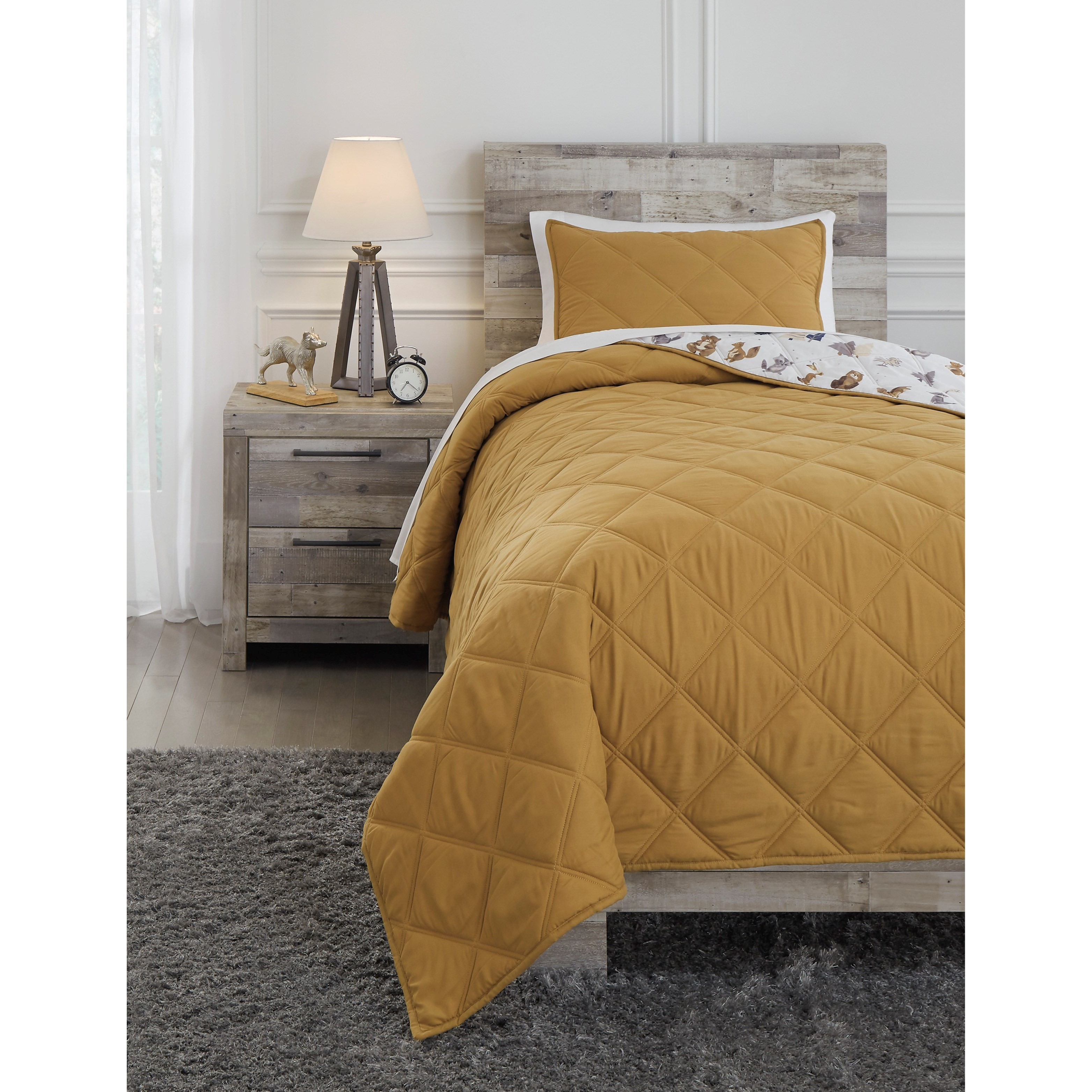 Bedding Sets Twin Cooperlen Golden Brown Quilt Set by Signature Design by Ashley at Rife's Home Furniture
