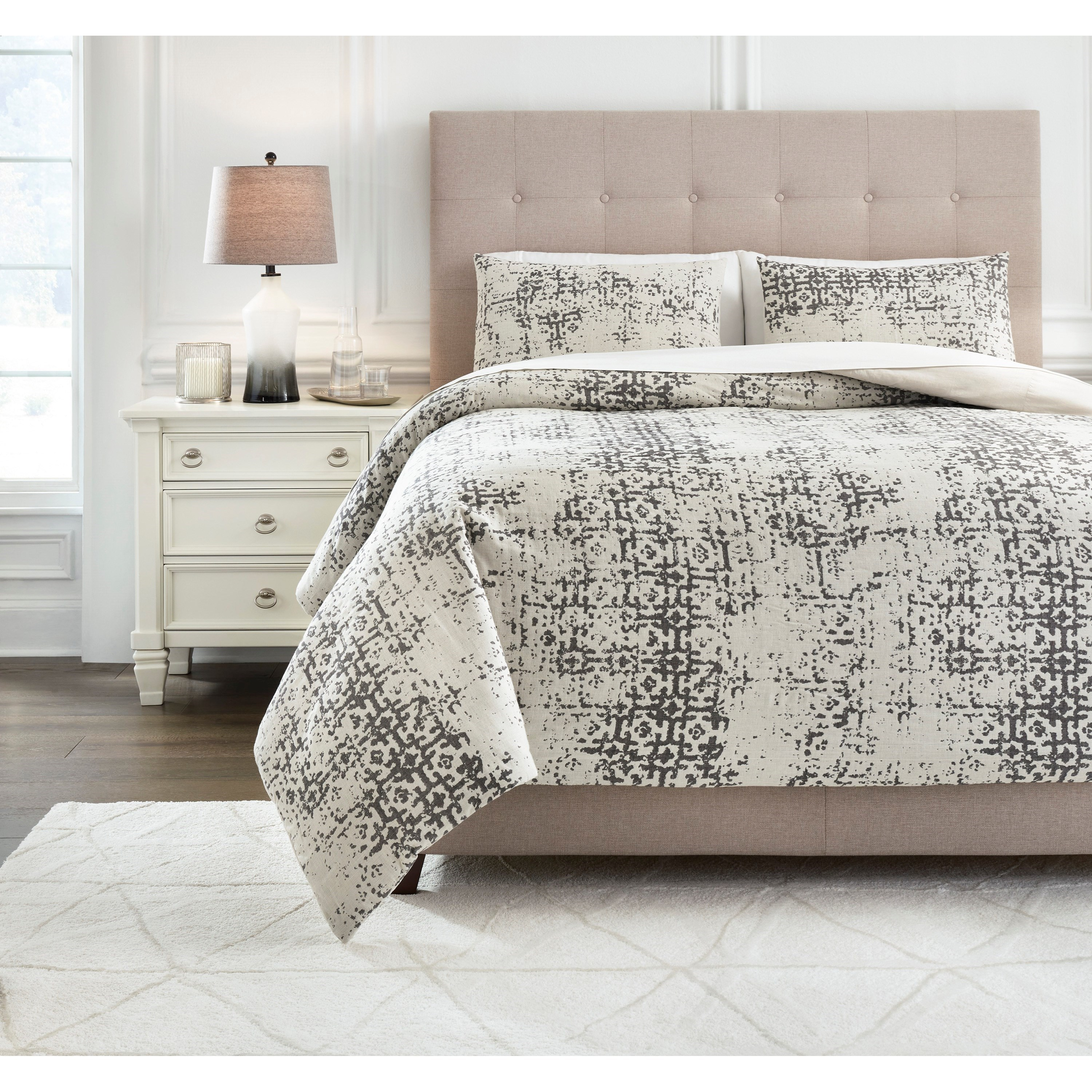 Bedding Sets King Addey Bone/Charcoal Comforter Set by Signature Design by Ashley at Household Furniture