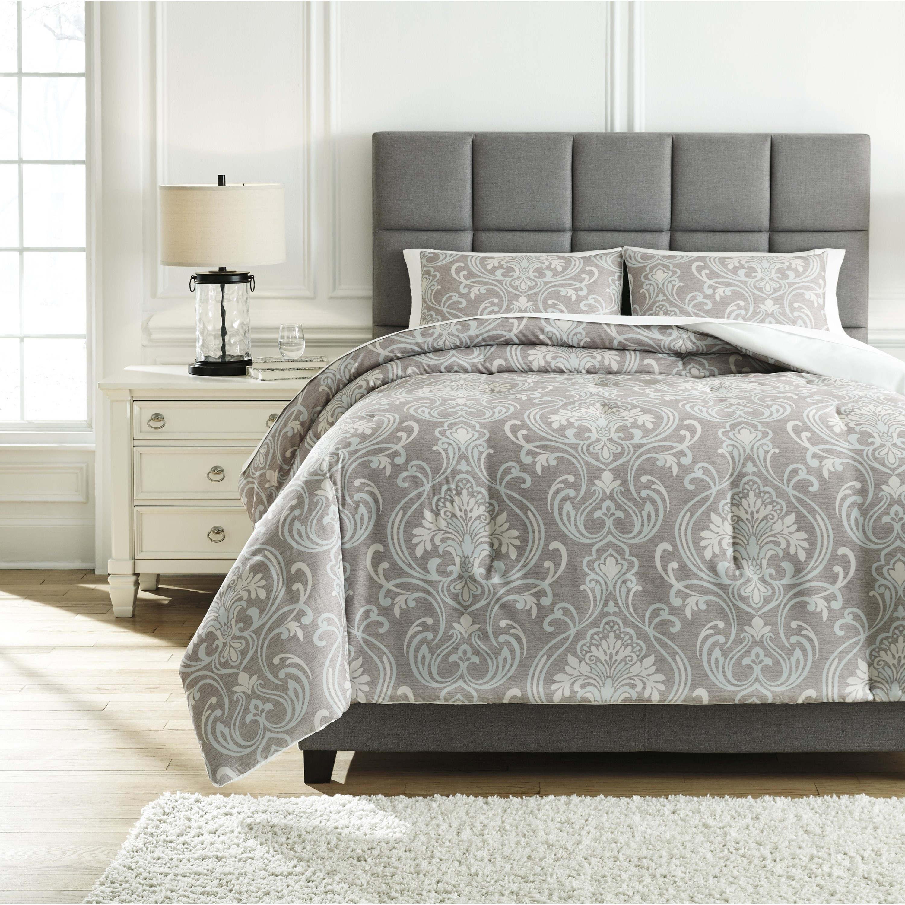 Bedding Sets Queen Noel Gray/Tan Comforter Set by Signature Design by Ashley at Northeast Factory Direct