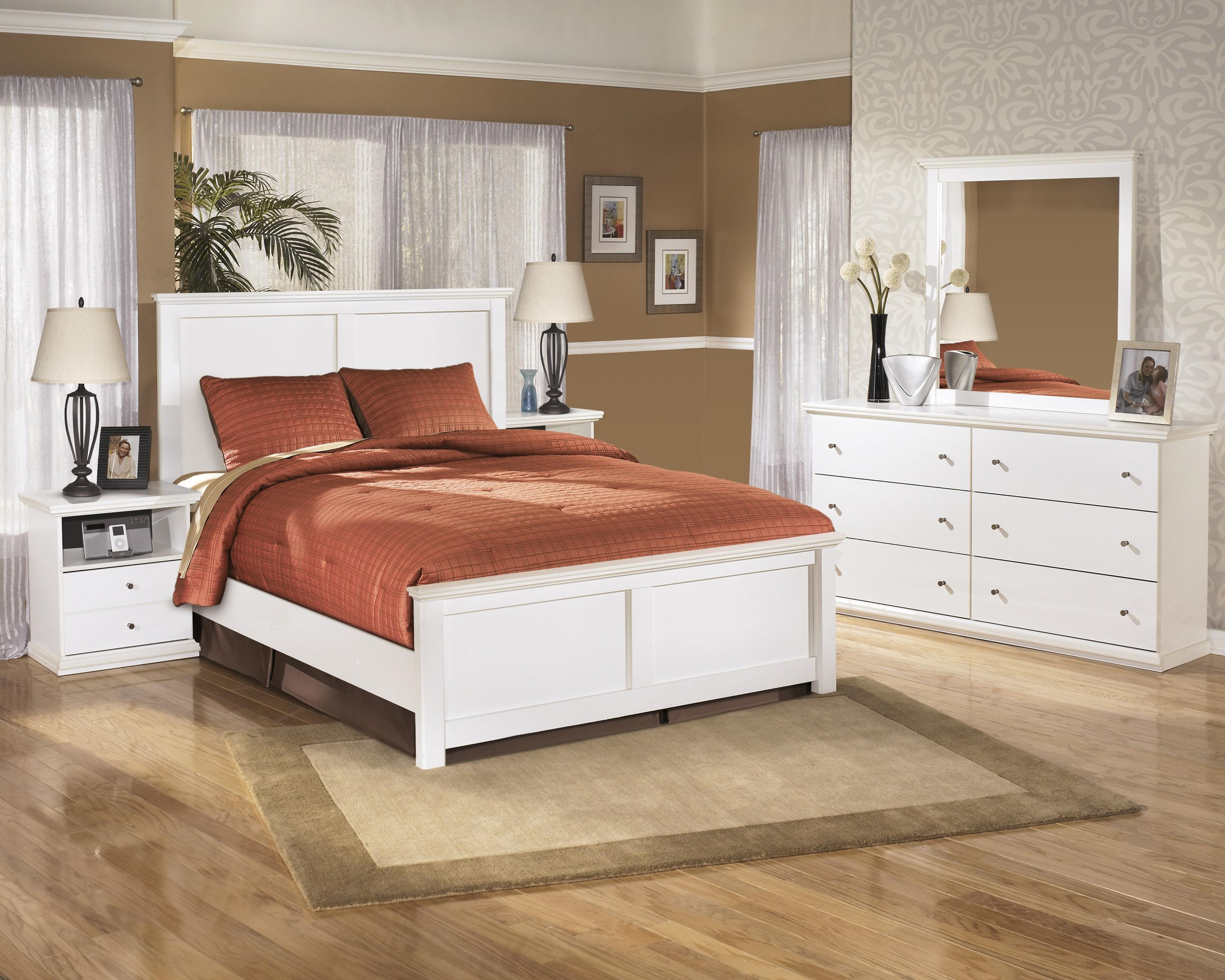 King Panel Bed, Nightstand, Dresser and Mirr