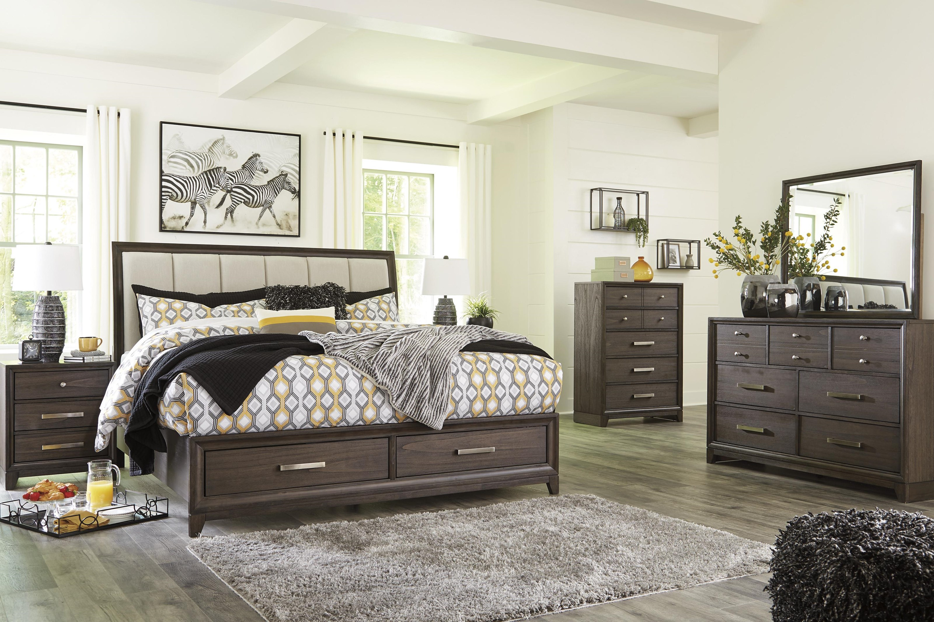 King Panel Bed with Storage Package
